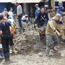 Posko Hangat PKS untuk Korban Banjir Garut