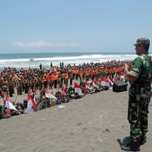 TNI Apresiasi Relawan Kemanusiaan PKS Saat Bencana Datang 09 Oct 2017 | 08:49 WIB