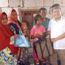 PKS Sambangi Pasien Kurang Gizi di Kronjo