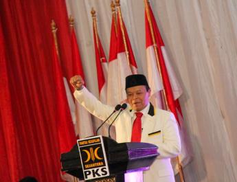 HNW: Jati Diri PKS Sejalan dengan Cita-Cita Pahlawan Bangsa