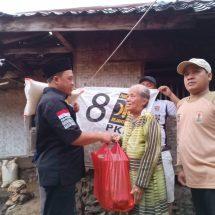 Banjir di Lebak, ketua DPW PKS Banten Salurkan Bantuan