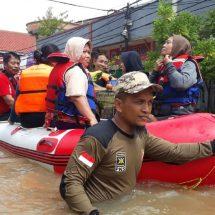 PKS Kota Tangerang Dirikan 13 Posko Banjir