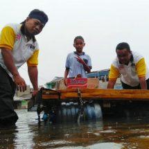 Banjir Lagi, Relawan PKS Kembali Siaga Bantu Warga