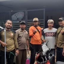 Relawan PKS Berkhidmat Bersihkan Masjid & Rumah Korban Banjir