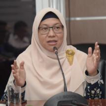 Omnibus Law Harus Berpihak Pada Masyakarat, Bukan Investor